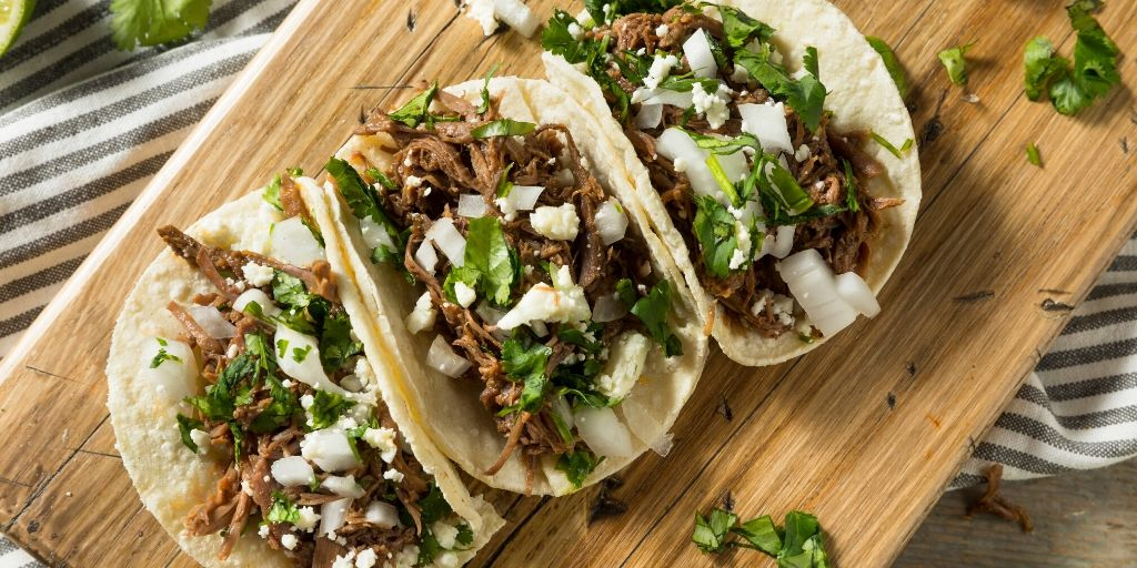 If you are looking for amazing tacos you can't go wrong with La Bandera Molina. They're serving up some of the best tacos here in San Antonio but outside of the city they're virtually unknown.